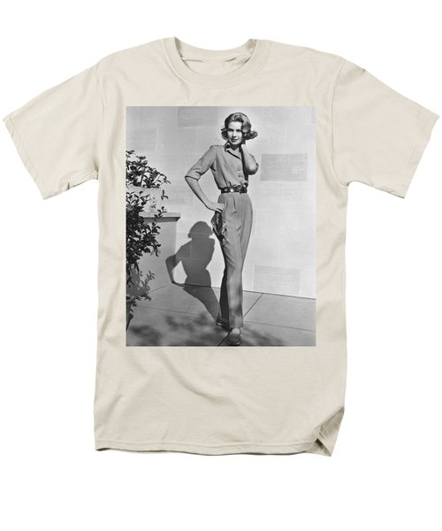 Actress Grace Kelly Men's T-Shirt  (Regular Fit) by Underwood Archives