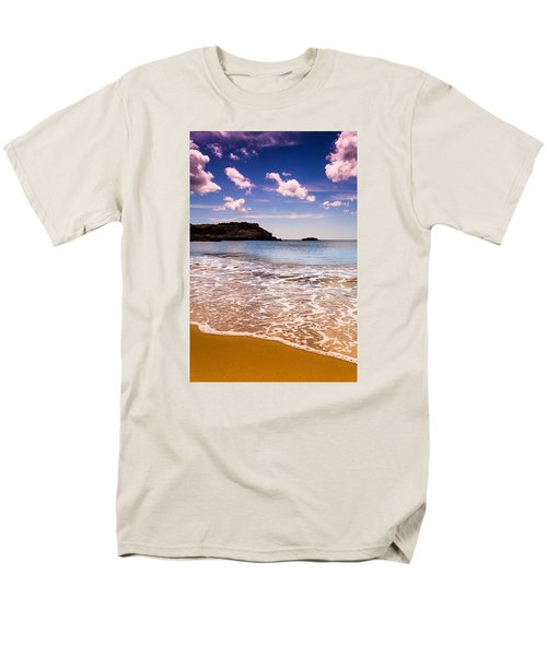 Men's T-Shirt  (Regular Fit) featuring the photograph Around The Sea by Edgar Laureano