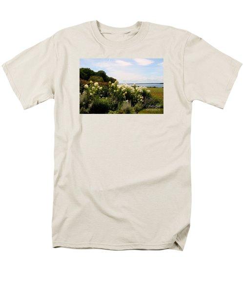 Bay View Bristol Rhode Island Men's T-Shirt  (Regular Fit)