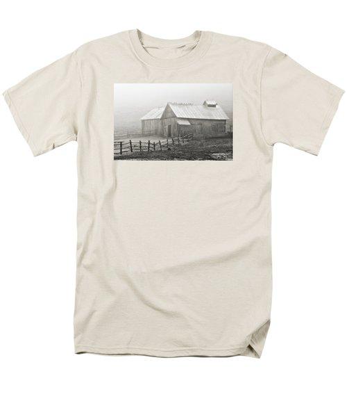 Men's T-Shirt  (Regular Fit) featuring the photograph Foggy Barn by Joan Davis