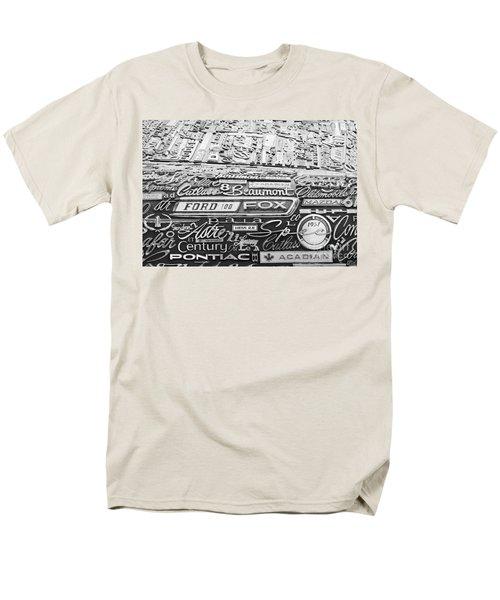 Ford Fox Men's T-Shirt  (Regular Fit)