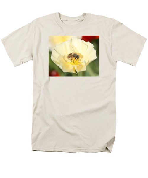 Honeybee On Cream Poppy Men's T-Shirt  (Regular Fit) by Lucinda VanVleck
