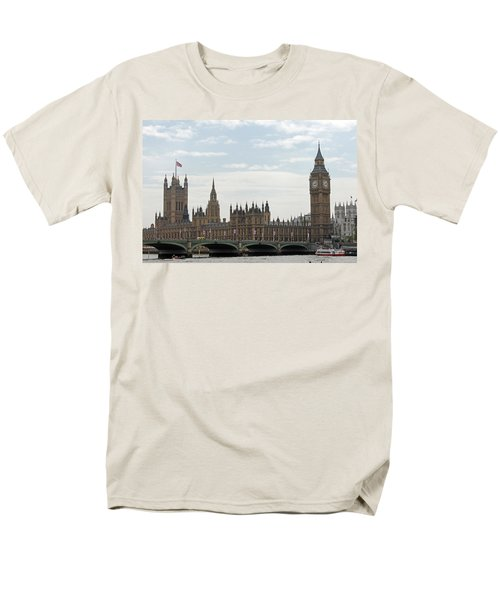 Houses Of Parliament Men's T-Shirt  (Regular Fit) by Tony Murtagh