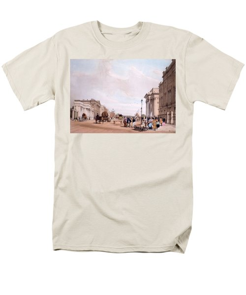 Hyde Park Corner, Looking Men's T-Shirt  (Regular Fit) by Thomas Shotter Boys