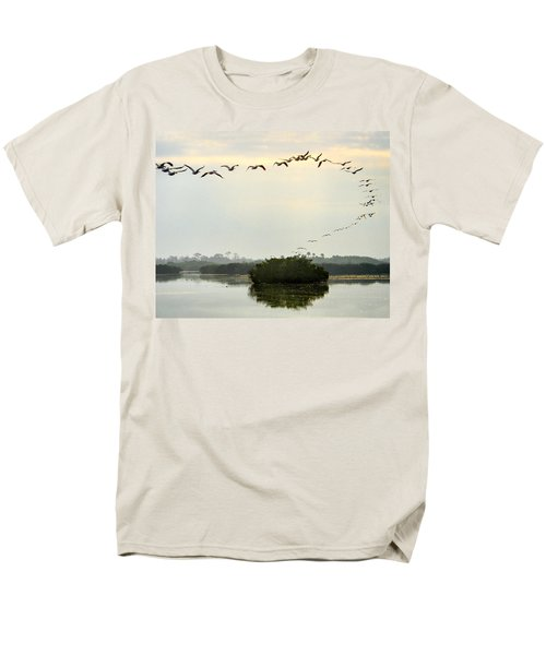 Landing Pattern Men's T-Shirt  (Regular Fit) by William Beuther