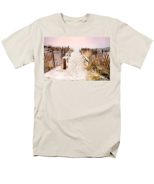 Love Is Everything - Footprints In The Sand Men's T-Shirt  (Regular Fit)