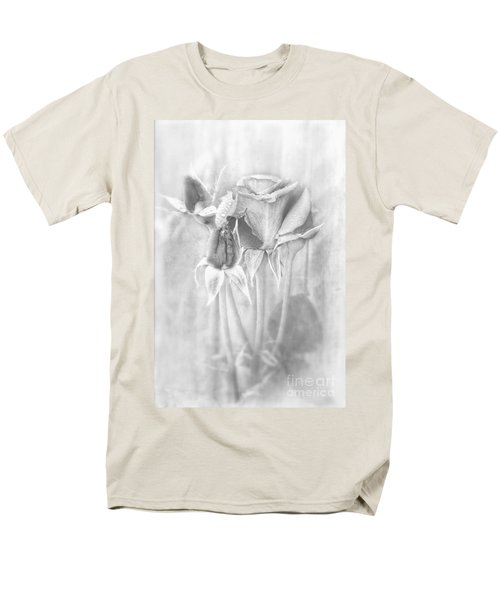 Men's T-Shirt  (Regular Fit) featuring the photograph Loveliness by Peggy Hughes