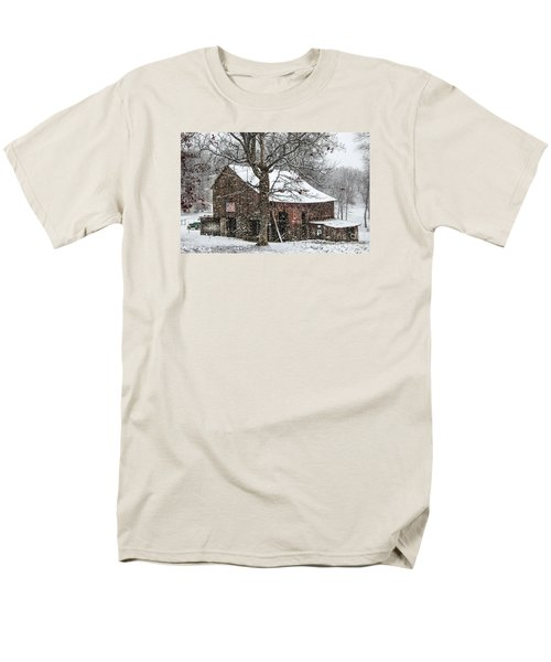 Patriotic Tobacco Barn Men's T-Shirt  (Regular Fit) by Debbie Green
