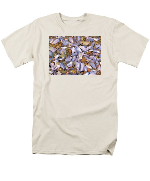 Periwinkles Muscles And Clams Men's T-Shirt  (Regular Fit) by Elizabeth Dow