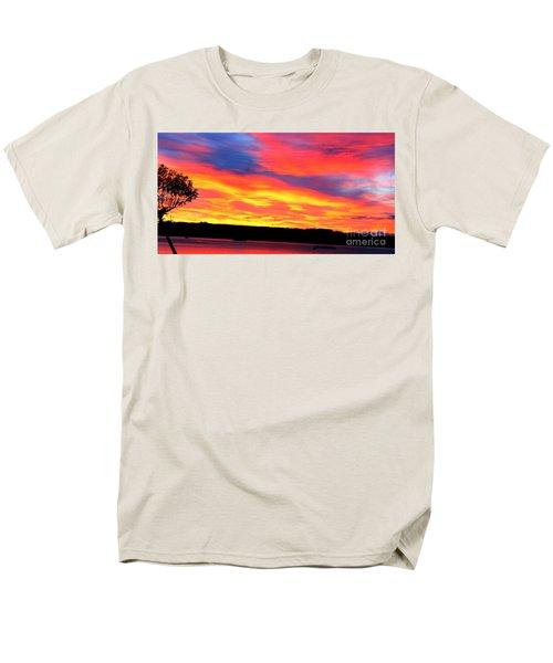 Puget Sound Colors Men's T-Shirt  (Regular Fit)