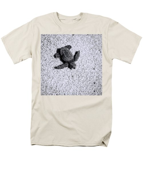 Sea Turtle In Black And White Men's T-Shirt  (Regular Fit) by Sebastian Musial