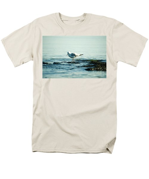 Seagull Hunting Men's T-Shirt  (Regular Fit) by Yew Kwang