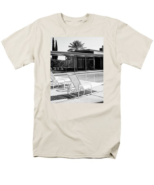 Sinatra Pool Bw Palm Springs Men's T-Shirt  (Regular Fit) by William Dey