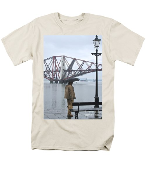 Men's T-Shirt  (Regular Fit) featuring the photograph Waiting On High Street by Suzanne Oesterling