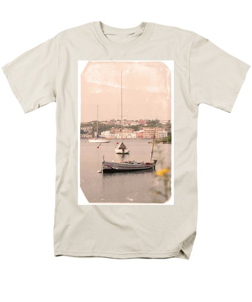 Men's T-Shirt  (Regular Fit) featuring the photograph Barbara by Pedro Cardona