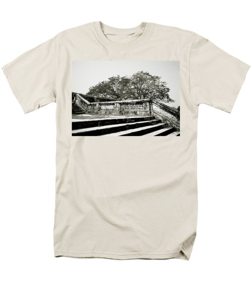 Hue  Men's T-Shirt  (Regular Fit) by Shaun Higson