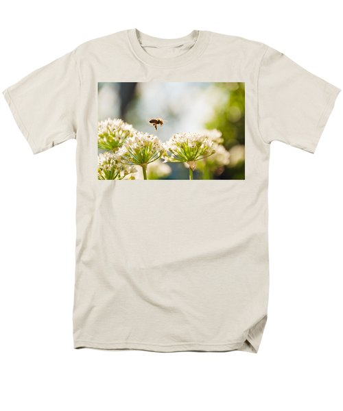 Men's T-Shirt  (Regular Fit) featuring the photograph Mid-pollenation by Cheryl Baxter