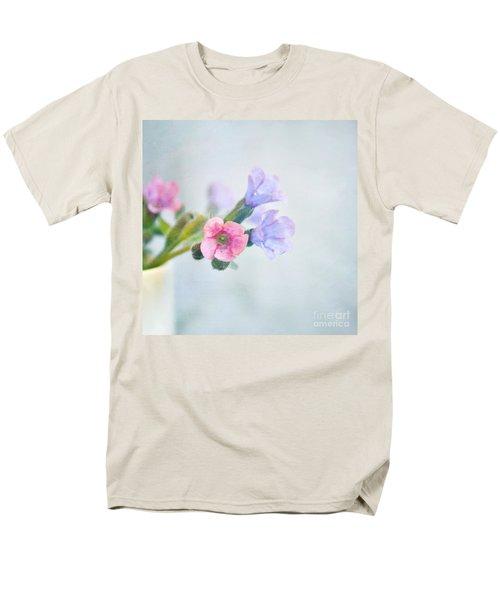 Pale Pink And Purple Pulmonaria Flowers Men's T-Shirt  (Regular Fit) by Lyn Randle