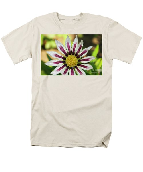 Nice Flower Men's T-Shirt  (Regular Fit) by Elvira Ladocki