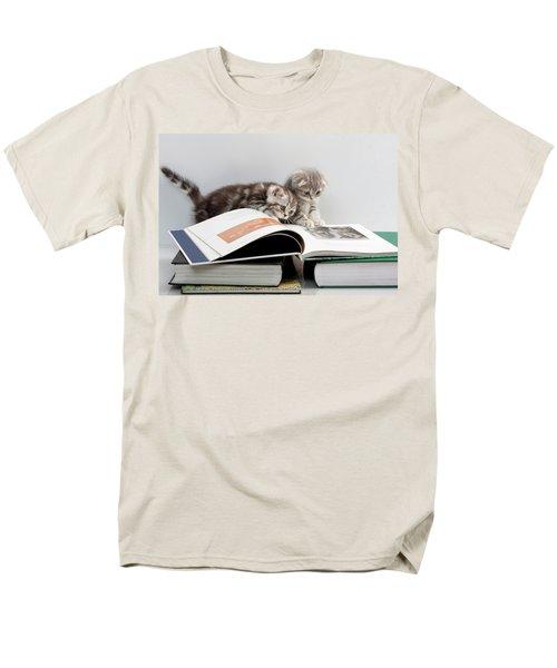 Scottish Fold Cats Men's T-Shirt  (Regular Fit) by Evgeniy Lankin