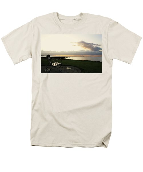 A Bench For Percy Men's T-Shirt  (Regular Fit) by Martina Fagan