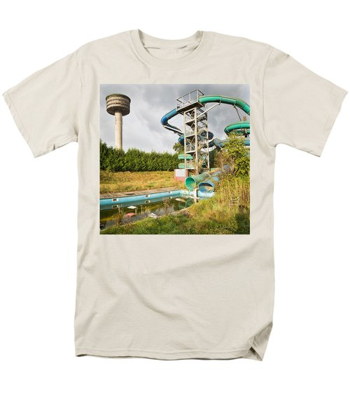 abandoned swimming pool - Urban exploration Men's T-Shirt  (Regular Fit) by Dirk Ercken
