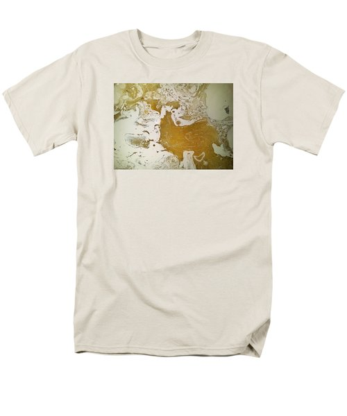 Alligator Head Amber Backflip Men's T-Shirt  (Regular Fit) by Gyula Julian Lovas