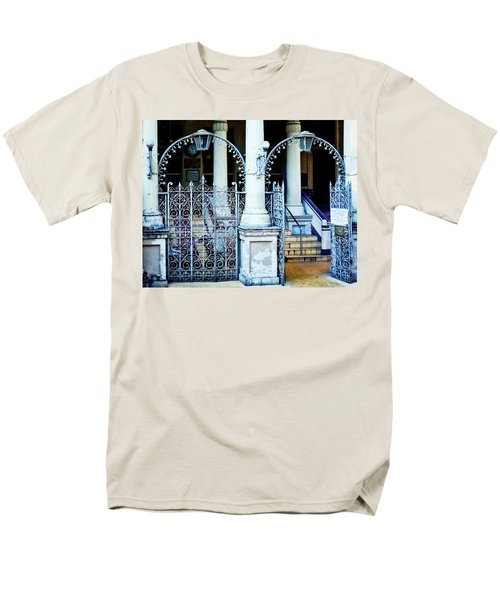 Arched Entrance In Mumbai Men's T-Shirt  (Regular Fit) by Marion McCristall