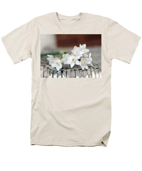 Beautiful Spring Paperwhites Men's T-Shirt  (Regular Fit) by Carla Parris