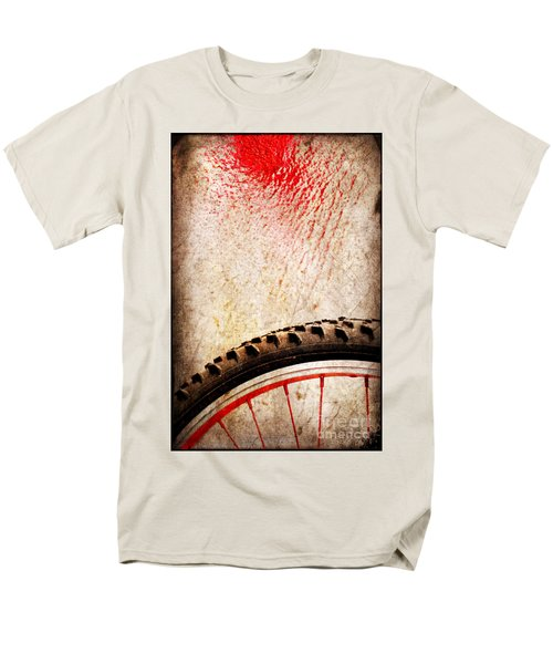 Bike Wheel Red Spray Men's T-Shirt  (Regular Fit) by Silvia Ganora
