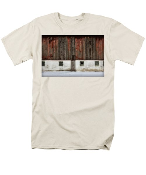 Men's T-Shirt  (Regular Fit) featuring the photograph Broad Side Of A Barn by Julie Hamilton
