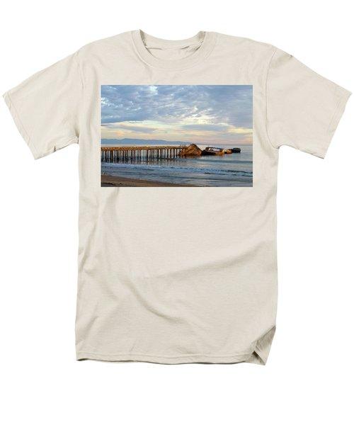 Broken Boat, Ss Palo Alto Men's T-Shirt  (Regular Fit) by Amelia Racca