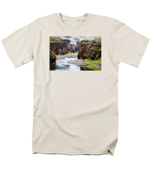 Canyon Vista Men's T-Shirt  (Regular Fit) by William Beuther