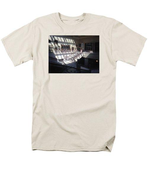 Chicago Art Institude Men's T-Shirt  (Regular Fit)
