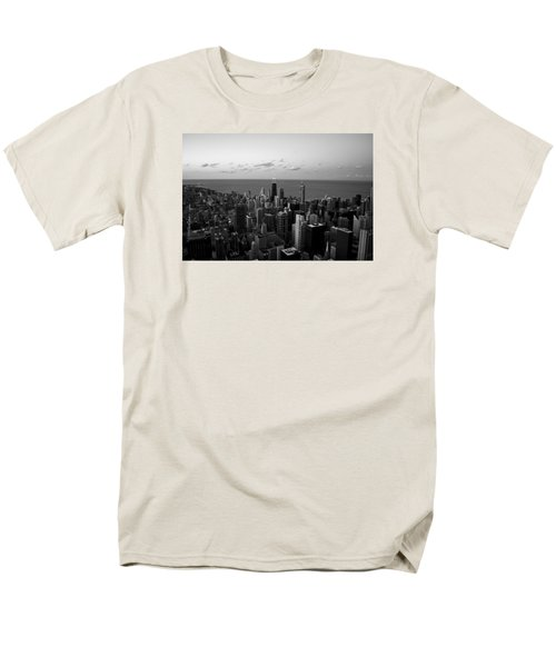 Chicago Skyline Bw Men's T-Shirt  (Regular Fit) by Richard Zentner