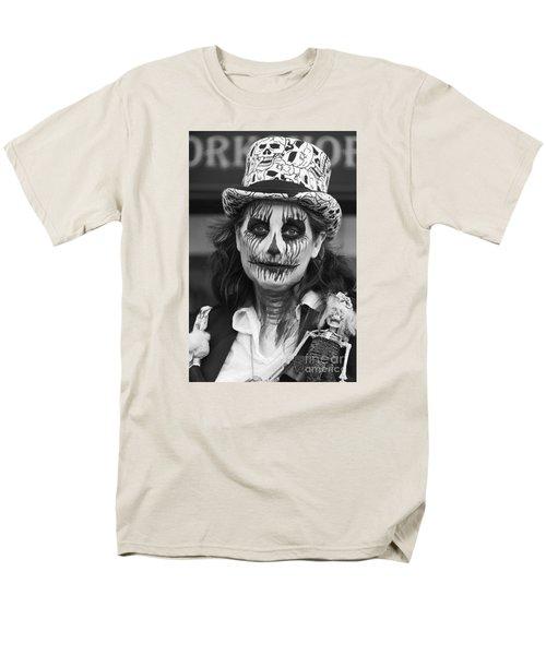 Collector Men's T-Shirt  (Regular Fit) by David  Hollingworth
