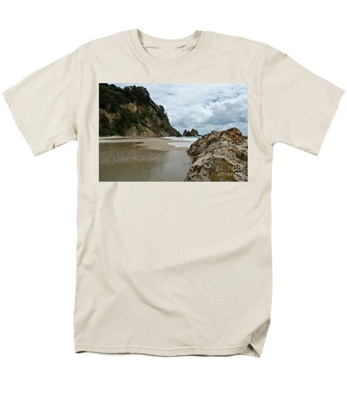 Coromandel, New Zealand Men's T-Shirt  (Regular Fit) by Yurix Sardinelly