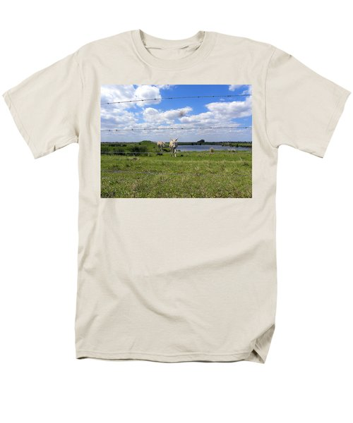 Men's T-Shirt  (Regular Fit) featuring the photograph Don't Fence Me In by Chris Mercer