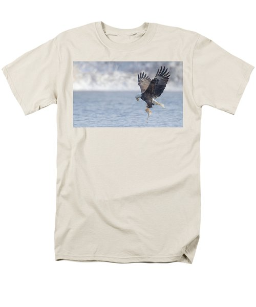 Eagle Fishing  Men's T-Shirt  (Regular Fit) by Kelly Marquardt