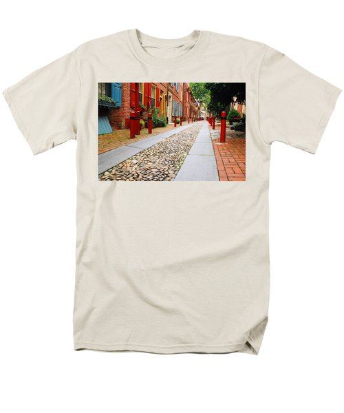 Elfreth Alley Men's T-Shirt  (Regular Fit) by James Kirkikis