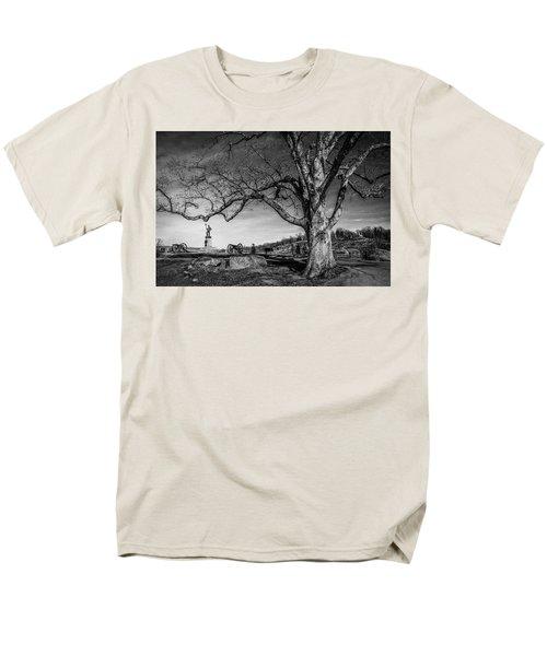 Gettysburg Below Little Round Top Men's T-Shirt  (Regular Fit)