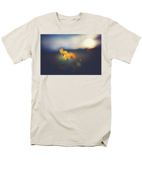 Men's T-Shirt  (Regular Fit) featuring the photograph Goodnight Sun by Shane Holsclaw