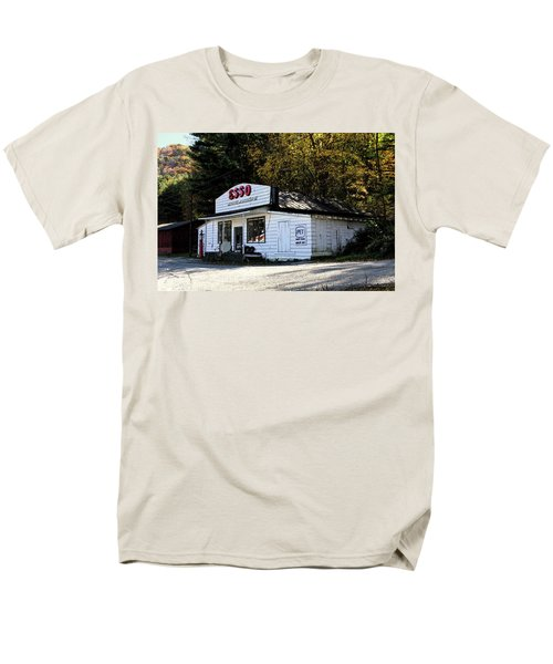 Happy Motoring Men's T-Shirt  (Regular Fit) by Dale R Carlson
