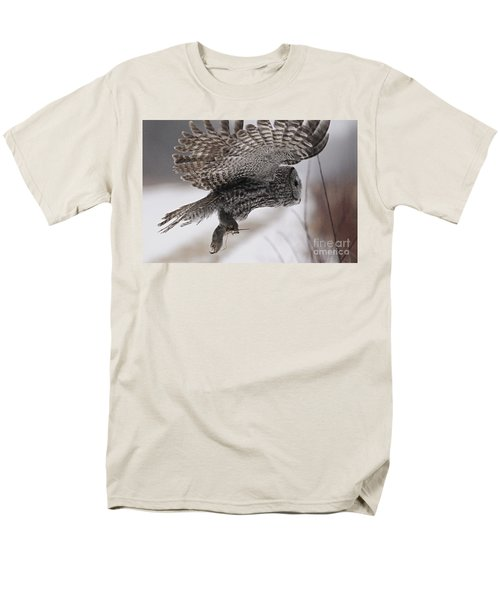 Men's T-Shirt  (Regular Fit) featuring the photograph Heading Home With The Booty by Larry Ricker