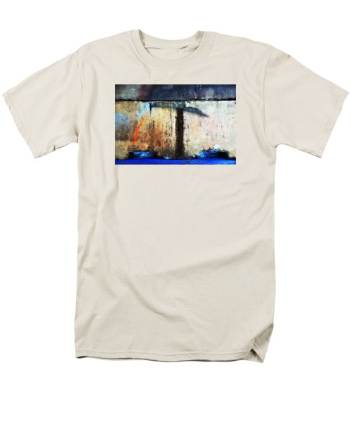 Men's T-Shirt  (Regular Fit) featuring the photograph Heavy Wait by Newel Hunter