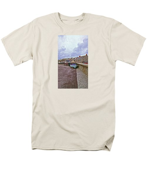 Men's T-Shirt  (Regular Fit) featuring the photograph High And Dry by Anne Kotan