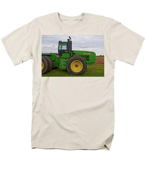 Men's T-Shirt  (Regular Fit) featuring the photograph John Deere Green 3159 by Guy Whiteley