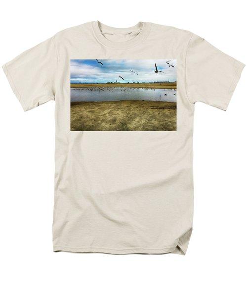 Lb Seagull Pond Men's T-Shirt  (Regular Fit) by Joseph Hollingsworth
