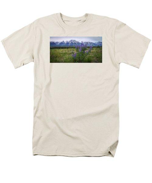 Lupine Beauty Men's T-Shirt  (Regular Fit) by Chad Dutson