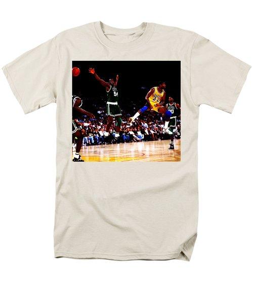 Magic Johnson No Look Pass 7a Men's T-Shirt  (Regular Fit)